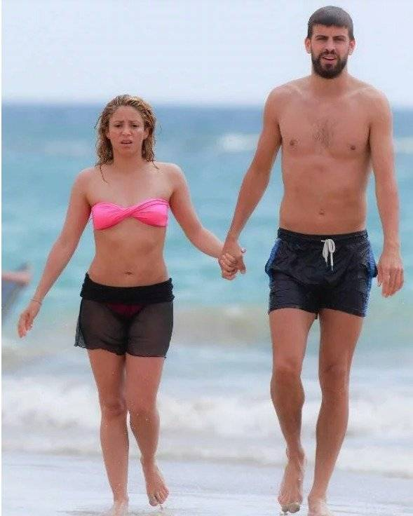 fe35215b1f1d Shakira paraliza Instagram con diminuto bikini y la falta de ...