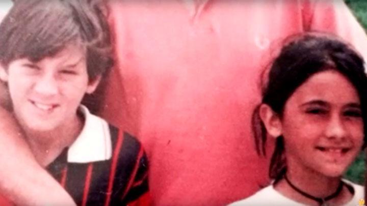 Antonella Roccuzo y Leonel Messi de niños