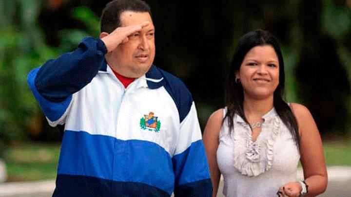 Hugo Chávez y su hija