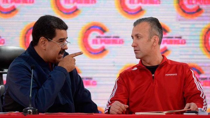 Nicolás Maduro y ministro