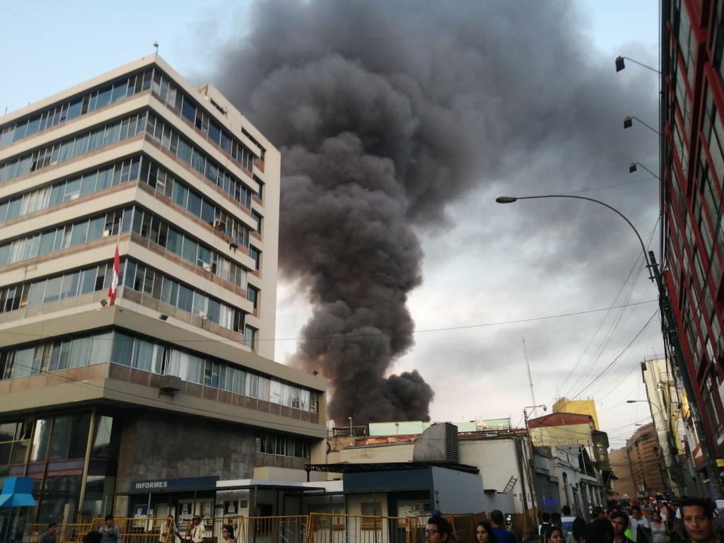 Incendio Centro de Lima hoy