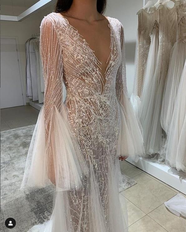 Se Difunde El Sensual Vestido Que Mia Khalifa Lucirá En Su